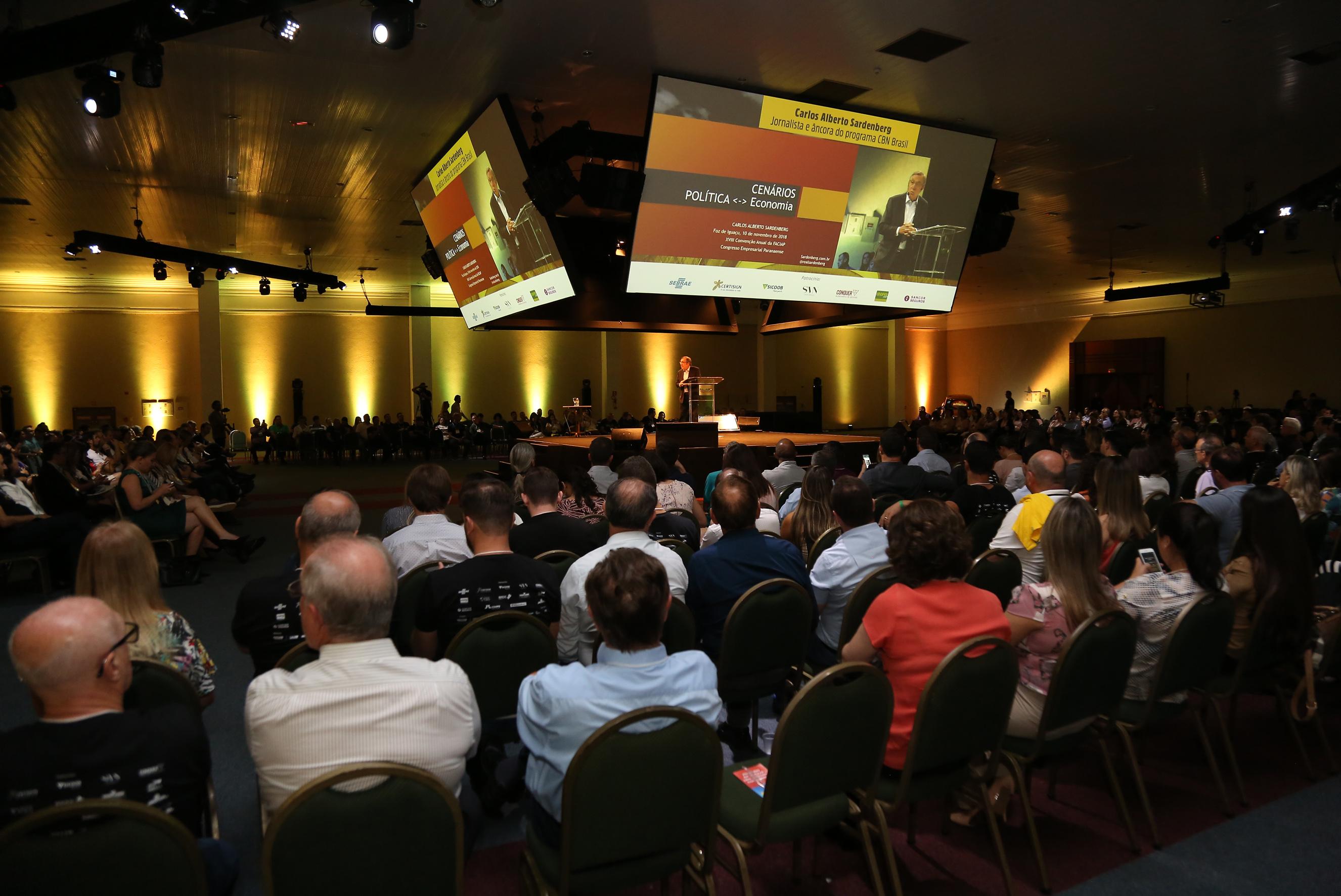<p>Diretores e colaboradores da ACIP participaram nos dias 9 e 10 de novembro do Congresso Empresarial Paranaense 2018, em Foz do Igua&ccedil;u. O evento, promovido Federa&ccedil;&atilde;o das...