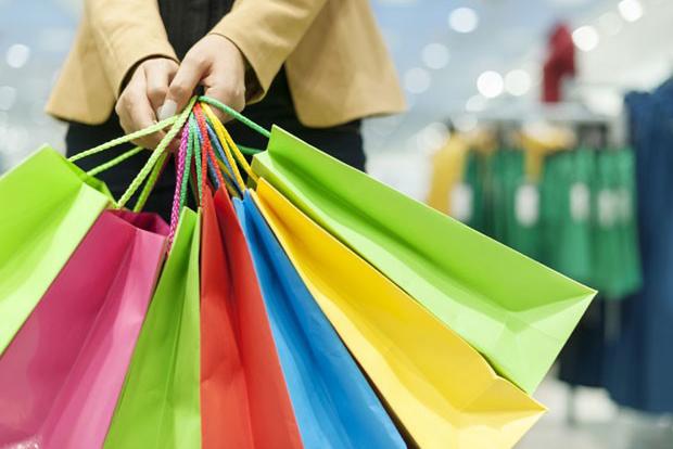 <p>H&aacute; uma semana para o Natal o com&eacute;rcio de Pai&ccedil;andu j&aacute; registra movimento intenso de clientes em busca de presentes. Por isso, para garantir mais tempo para as compras de...